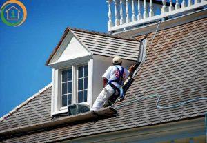 Een dakkapel schilderen